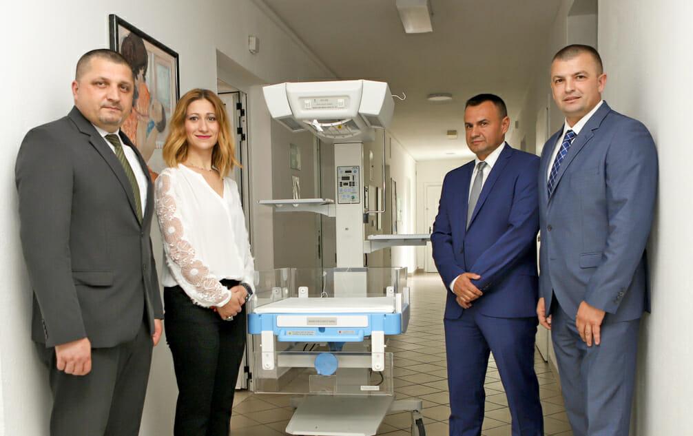 Donacije inspirisane srcem Intesa Sanpaolo Banka BiH i VISA donirali topli krevetić Općoj bolnici u Gračanici