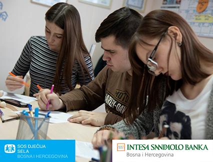 FOTO-INTESA-SANPAOLO-BANK-1